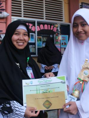 Juara 2 Tahfidz Putri